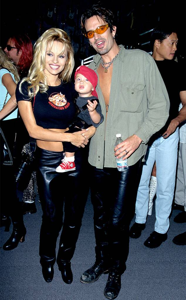 Pamela Anderson's Affairs With PHOTOS: Know Whom She Has Dated Before 3