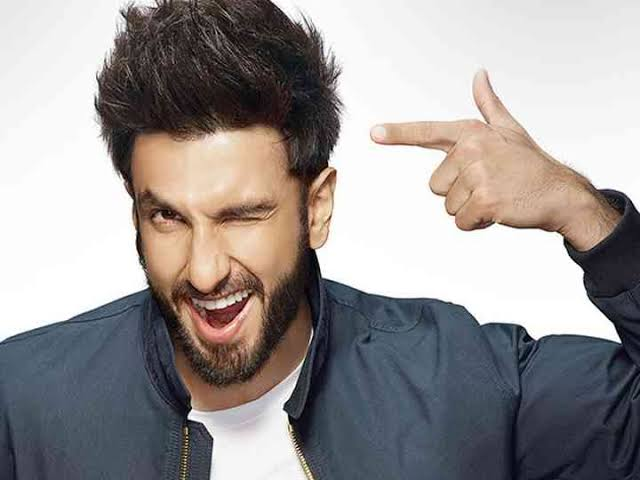 Ranveer Singh, Hrithik Roshan, Vicky Kaushal, Salman Khan's Best Haircuts To Try Right Now 3