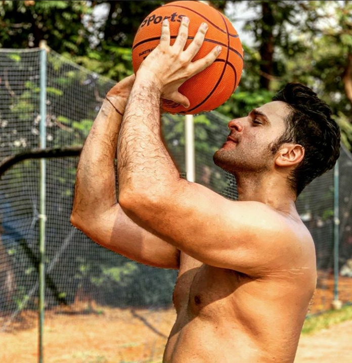 Do not limit yourself to the gym when it comes to workout: Karan Suchak 1