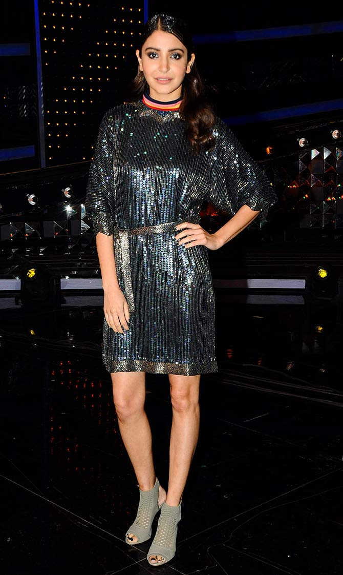 HOT And SEXY: Anushka Sharma Dazzled In Embellished Mini Outfits