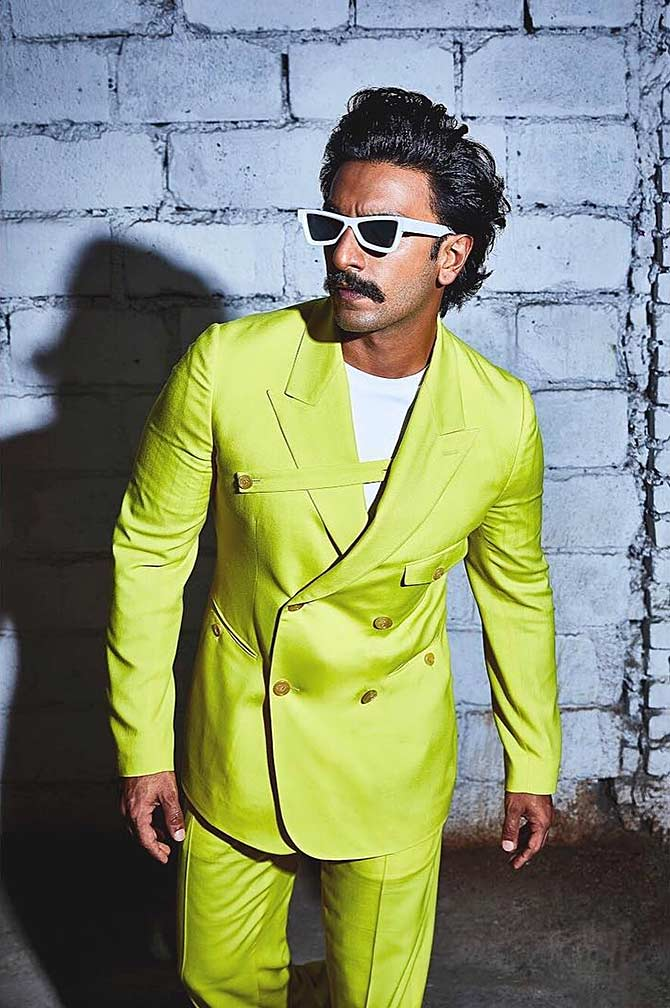 In NEON: 5 Looks Of Ranveer Singh That We Can't Miss 1