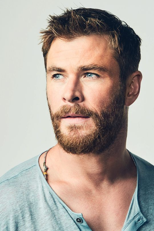 These Hairstyles From Chris Hemsworth Are Jaw-Dropping 3