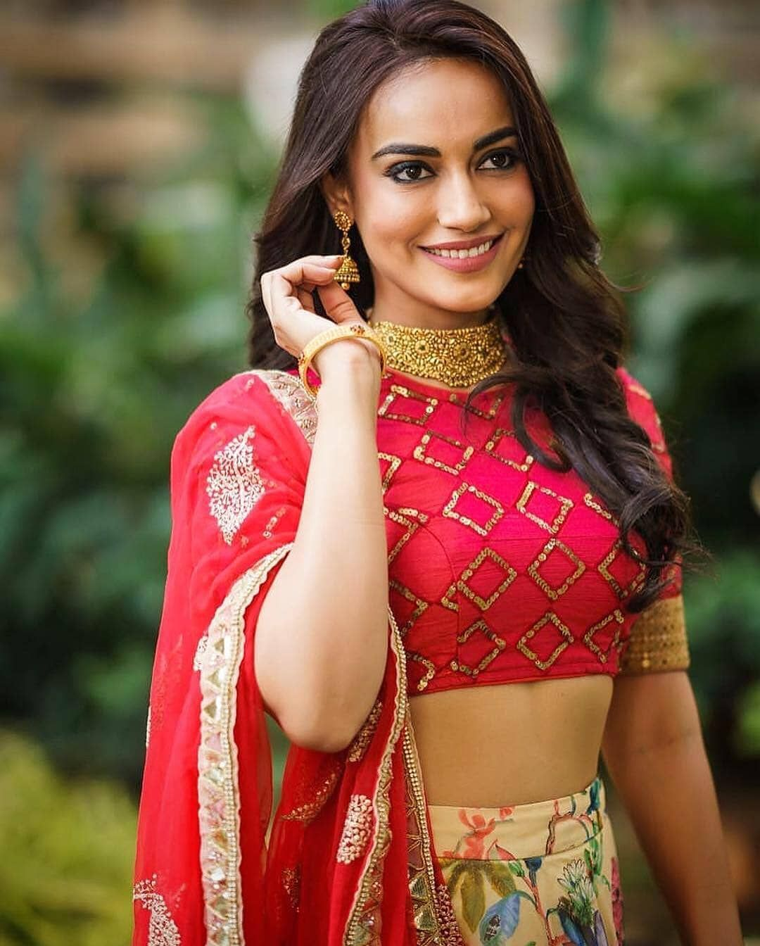 Unseen Photos Of Surbhi Jyoti From The Sets Of Naagin! 4