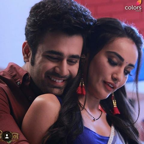 Unseen Romantic Moments From Naagin 3 2