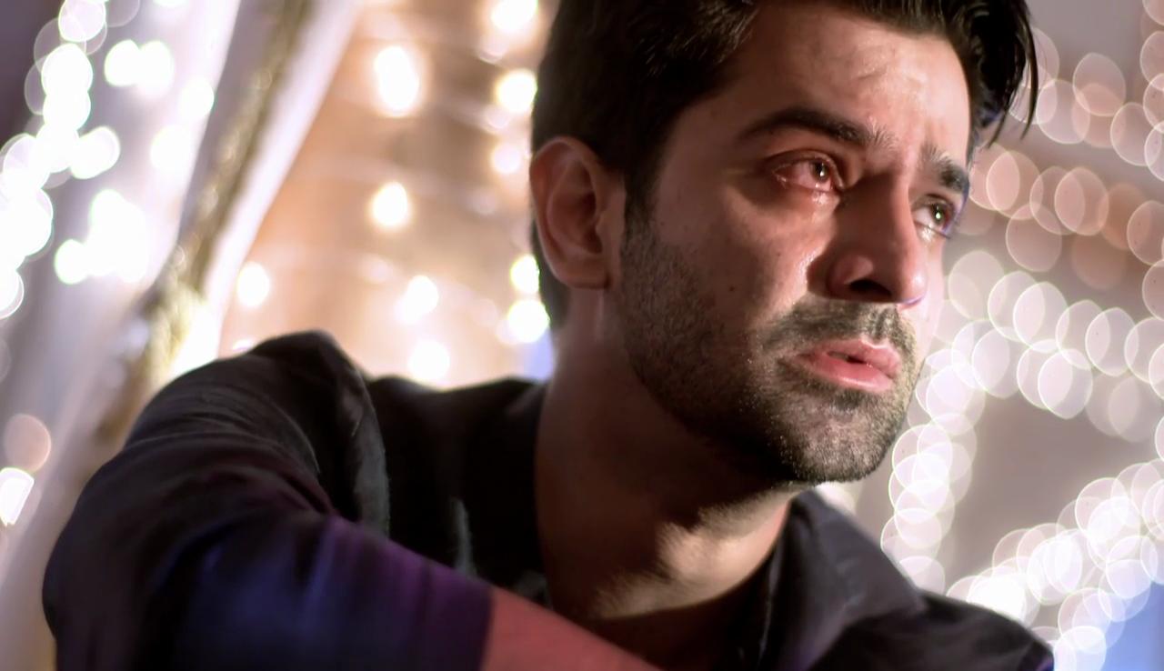Barun Sobti Vs Nakuul Mehta Vs Vivian Dsena: King Of Sad Expressions On Screen 6
