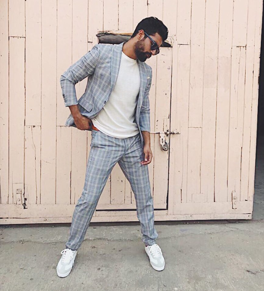 Fashion Tips: Arjun Kapoor, Tiger Shroff, And Vicky Kaushal Know How To Style Checkered Outfits For Office Look 12