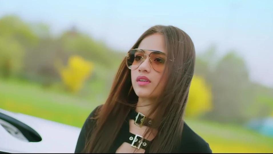 Hot Avneet Kaur, Jannat Zubair And Arishfa Khan Is Looking Killing in These Glasses