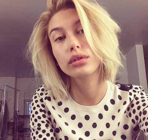 See How Hailey Bieber Looks Without Makeup 1
