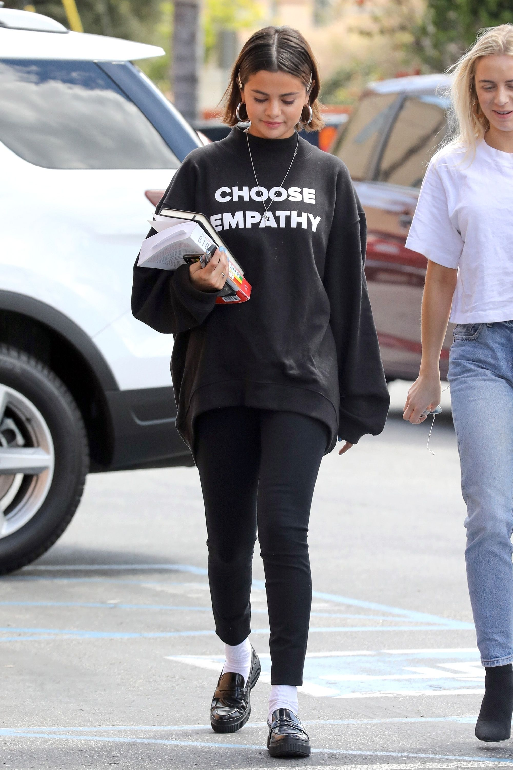 Selena Gomez's Quoted T-Shirts Show How Cool You Are, See Pics 2