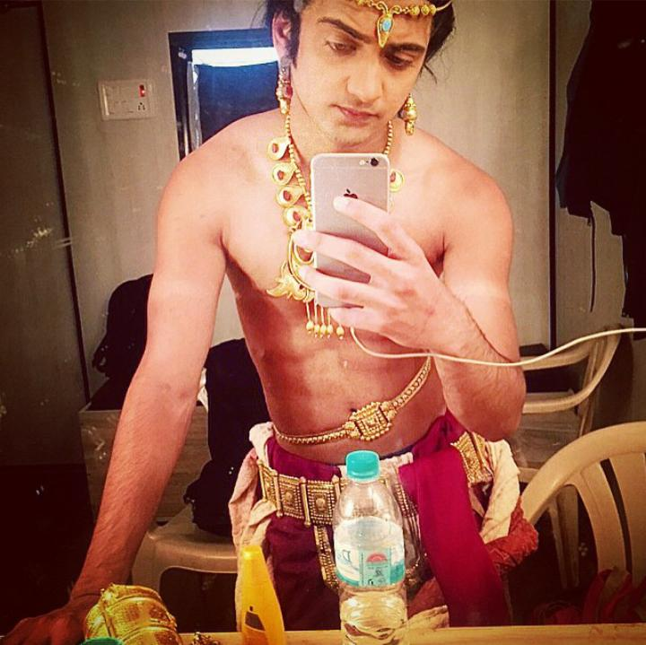 Sumedh Mudgalkar Sizzled And Oozed Hotness In Shirtless Look 3