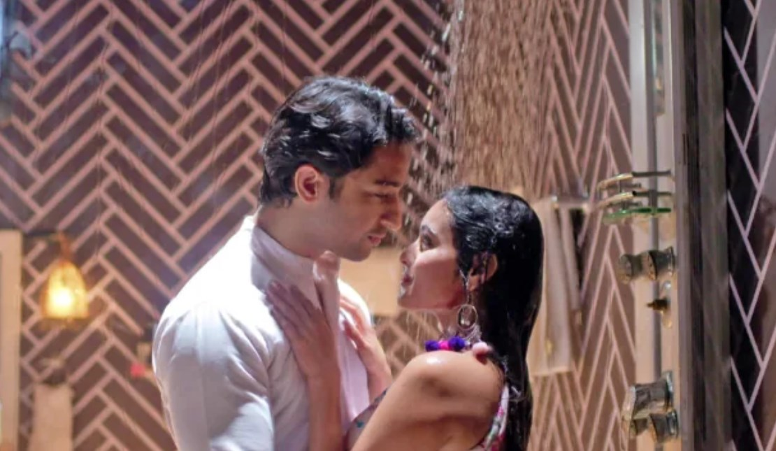 Unseen Romantic Moments From Abir and Mishti in Yeh Rishtey Hain Pyaar Ke 5