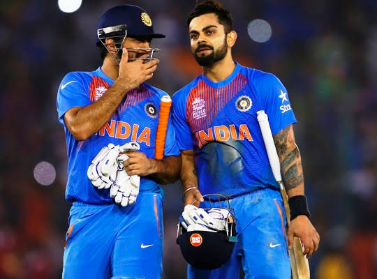 Virat Kohli and MS Dhoni's BEST infield moments that you can't miss 2
