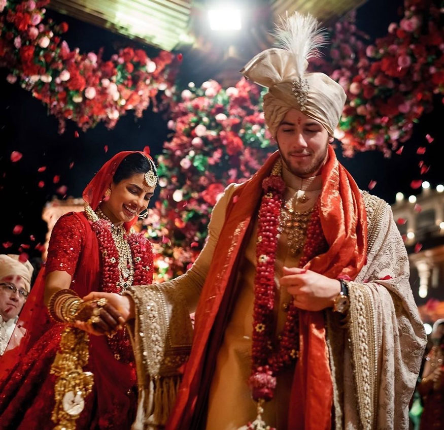 Want to get married this year during lockdown? Take inspiration from Nick Jonas and Priyanka Chopra's unseen royal wedding photos 3