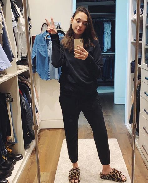 5 Sexiest Gym Pants Ever Worn by Gal Gadot 3