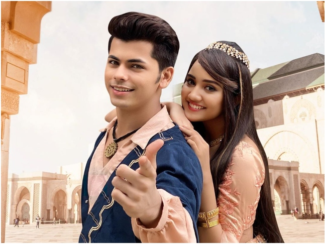 Ashi Singh And Siddharth Nigam's Unseen Moments Caught on Camera 1