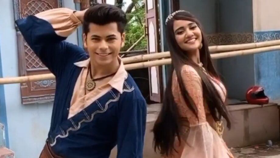 Ashi Singh And Siddharth Nigam's Unseen Moments Caught on Camera 2