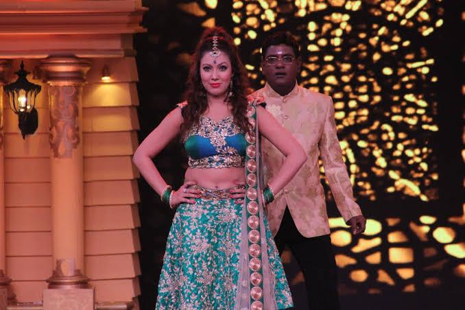 Iyer and Babita candid romantic moments from Taarak Mehta Ka Ooltah Chashmah