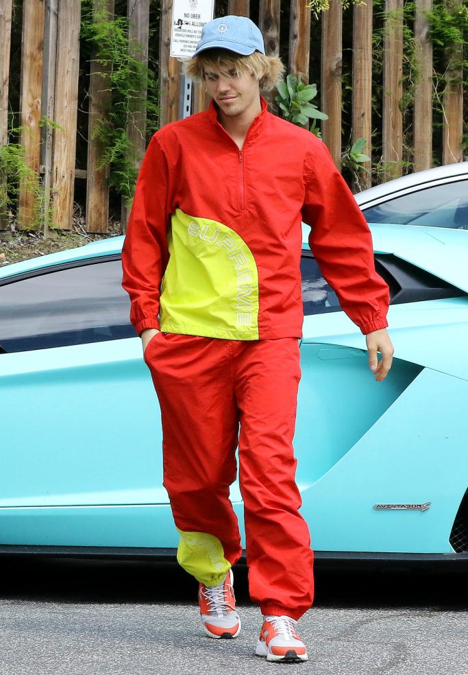 Justin Bieber Vs Zayn Malik: Who Aces The Tracksuit Better? 1