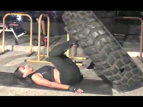 Nia Sharma's Viral Sexy Workout Photos!! 2
