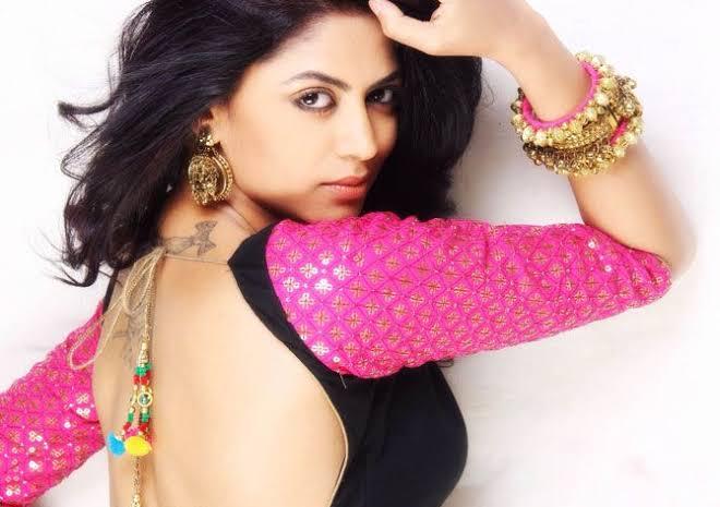 Nikki Tamboli, Jasmin Bhasin, Kavita Kaushik, Pavitra Punia: Hot backless pictures for Bigg Boss fans 1