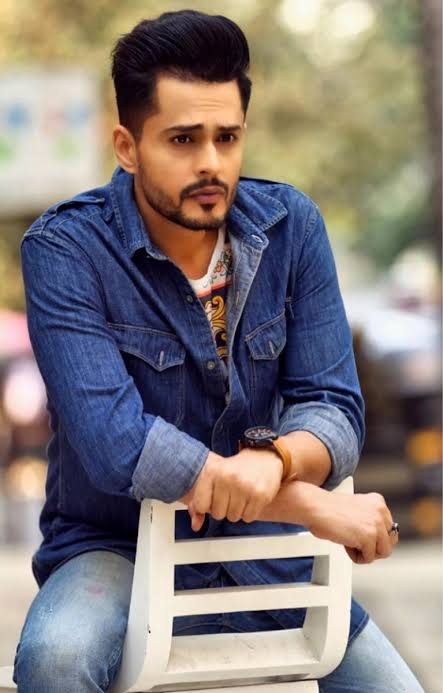 Shardul Pandit and his sense of cool style 1