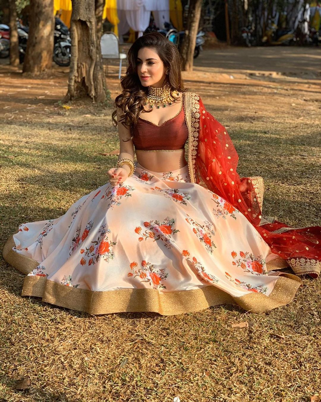Shraddha Arya Vs Surbhi Chandna Vs Nia Sharma: Which Actress Has The Hottest Belly Curves? 2