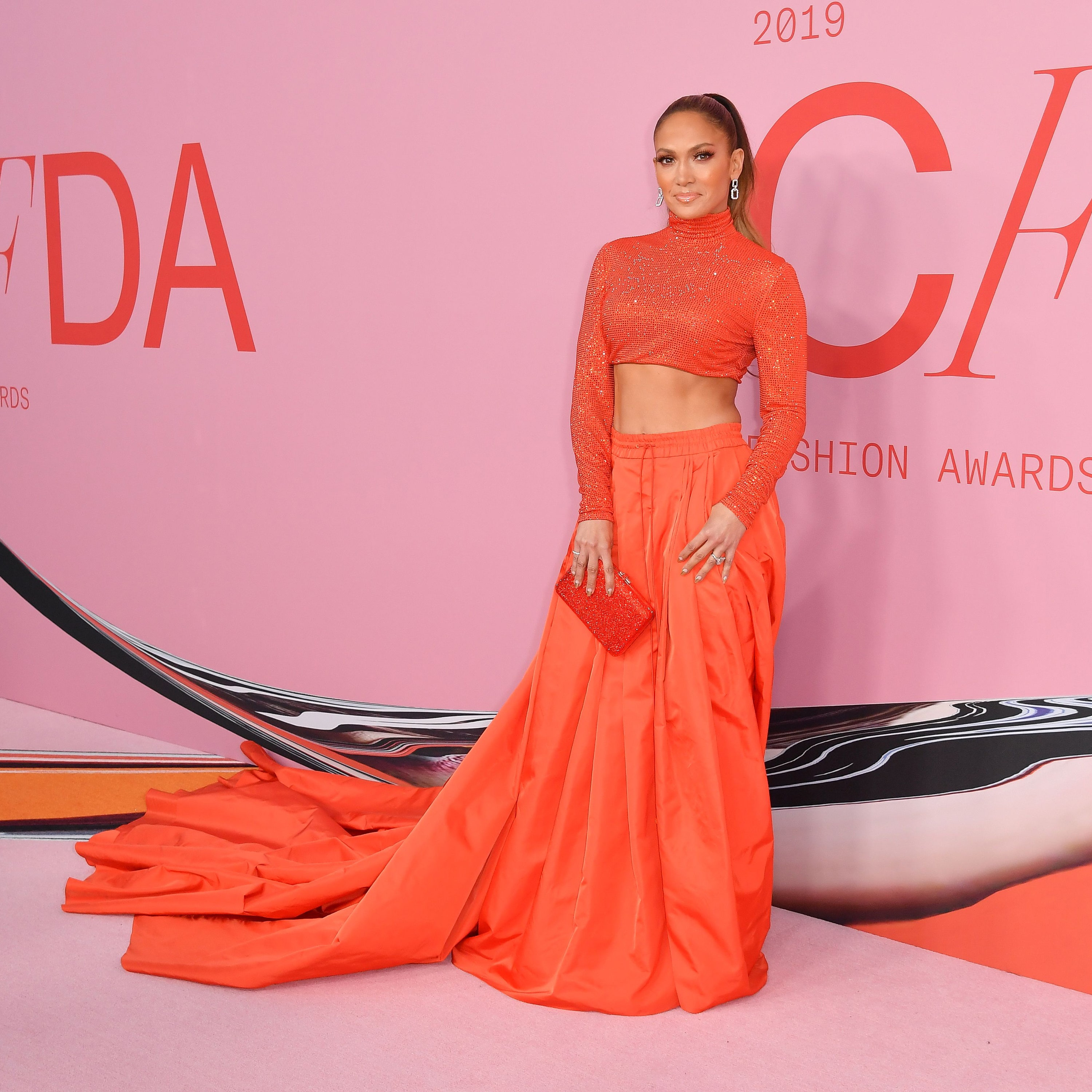 Jennifer Lopez Hottest Looks On Red Carpet That Made Her The Center Of All Attraction 3