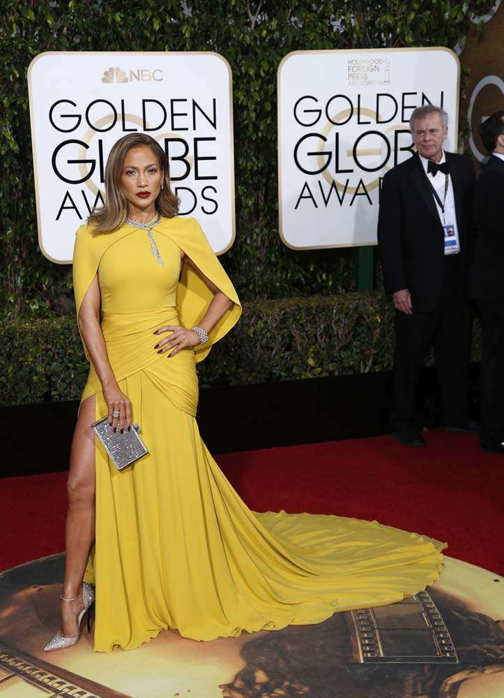 Jennifer Lopez Hottest Looks On Red Carpet That Made Her The Center Of All Attraction