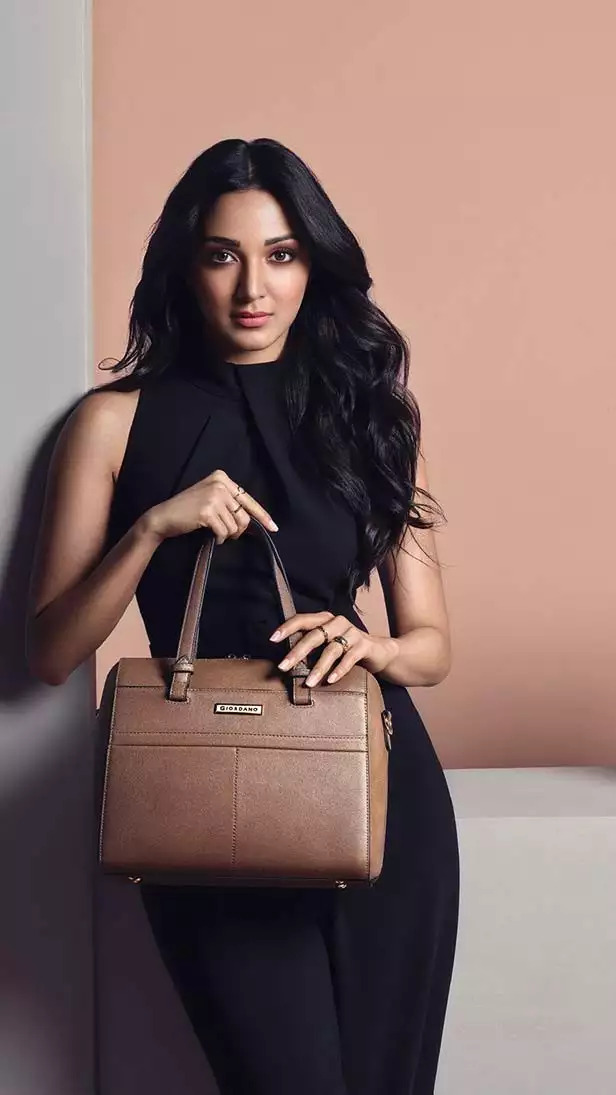 Nora Fatehi Or Kiara Advani: Have A Look At This Actresses Luxury Handbags That Will Keep You in Awe 2