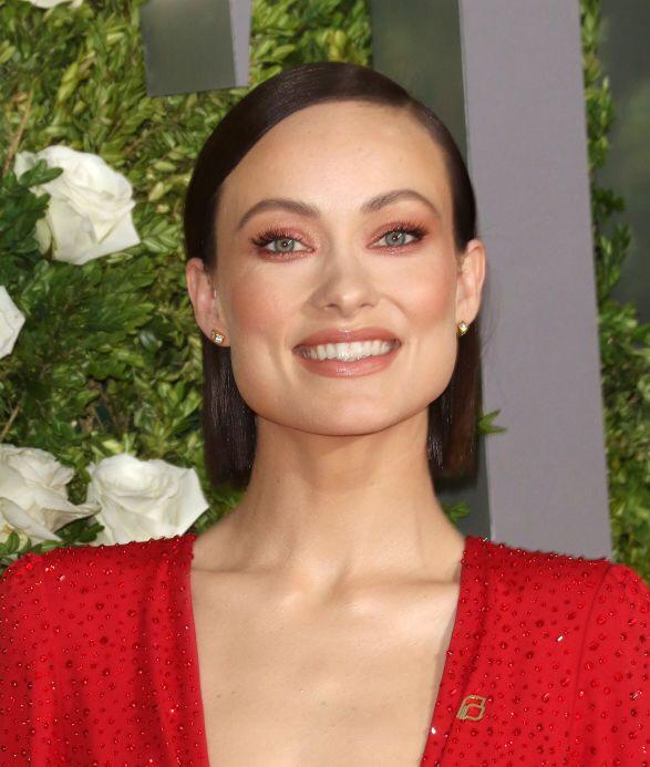 Olivia Wilde's Hair Style Moments From Red Carpet, Have A ...