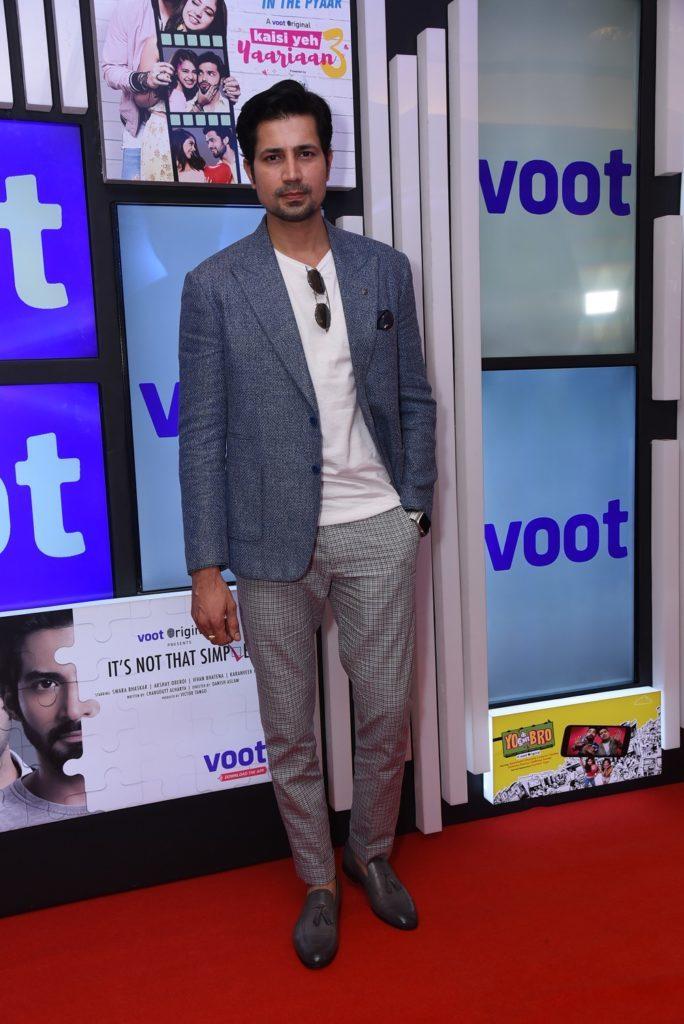 वूट (voot) ने शैलियों में बहुभाषी वेब-श्रृंखला की घोषणा की 8