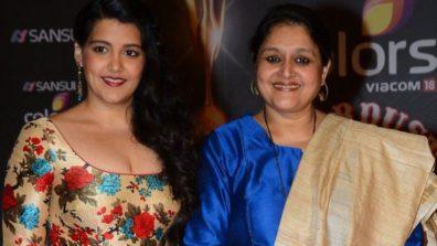 सुप्रिया पाठक और उनकी बेटी सना कपूर का फ़िल्म रामप्रसाद की तेहरवी में क्यूट कनेक्शन