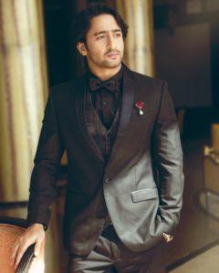पार्थ समथान, मोहसिन खान, धीरज धूपर, शहीर शेख: ब्लैक सूट में हॉट लुक 3